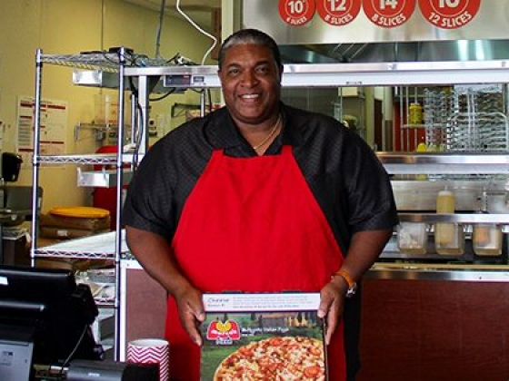 This Black Entrepreneur Owns 5 Pizza Franchises... And He's Planning to Open 20